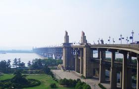 南京:婚前房产证加名征收3%契税