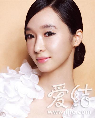 学化韩式新娘眼妆 谁的眼神最迷人图片