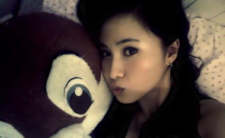 女友刘凯茵是正常的上班族和娱乐圈没关系