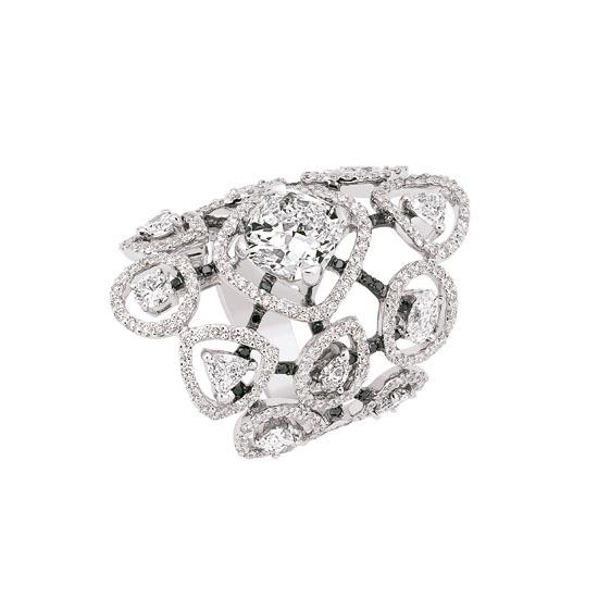 Cascade de Diamants 戒指