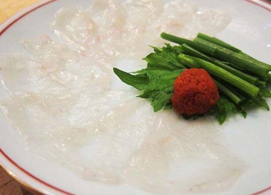 河豚鱼肉刺身
