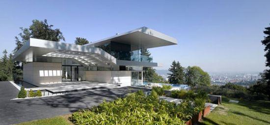 别墅屋顶斜坡设计