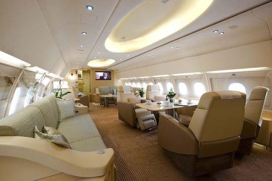 亿万富翁才会买的私人飞机