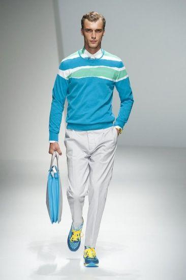拥有男孩魅力的蓝色