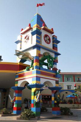 这家刚在4月5日新张开业的Legoland Hotel是全球第三间乐高主题酒店,同时亦是北美地区的首例。