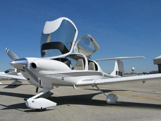 单发小型涡桨私人飞机