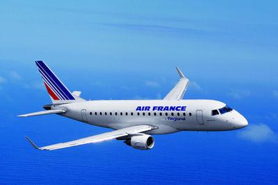 法国空管人员大罢工,大量欧洲境内航班受影响。