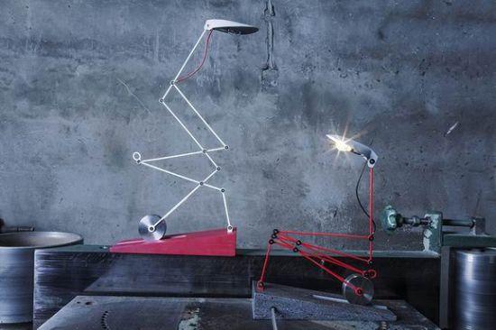 受起重机械启发的创意台灯