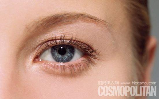 眼霜只是脂肪粒的诱因