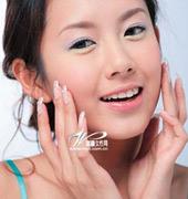 卸妆乳使用手势