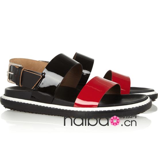 夏季平底凉鞋趋势