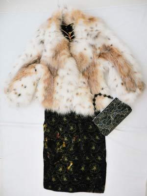 衣索狐狸毛19888元,暗花呢绒旗袍580元