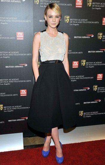 Carey Mulligan花苞樣式的傘裙完美展現纖細的腰身