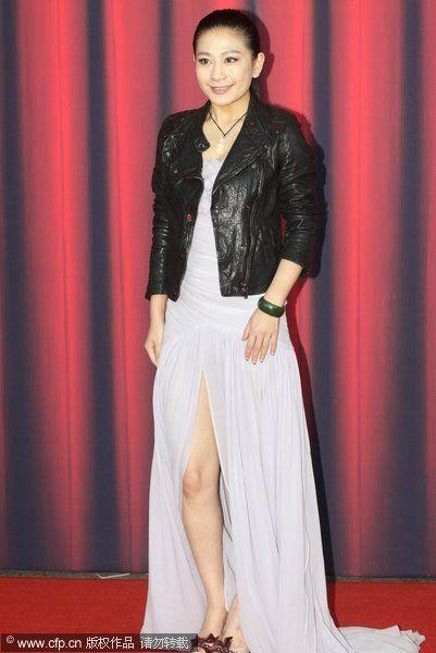著名服装设计师兰玉