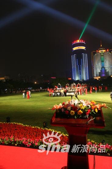 2008H1中国热气球挑战赛暨第二届海口热气球节开幕式现场