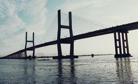 温州大桥   温州大桥,浙江省内甬台温高速公路跨越瓯江的特大桥