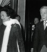 1952年温莎公爵夫妇在巴黎丽都