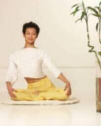瑜伽:美腰美腹3动作(组图)