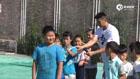 视频-书豪端午节公益行 与孩子们玩游戏+发粽子