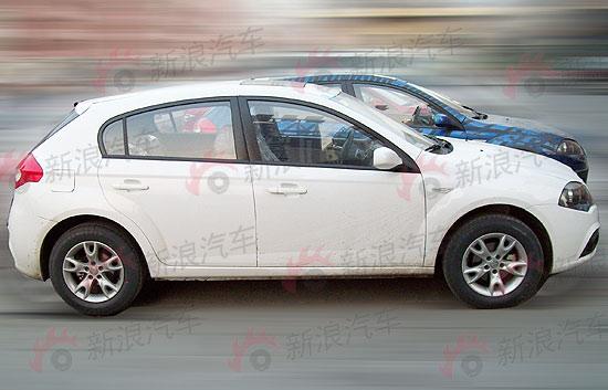 2011款骏捷FRV的车身