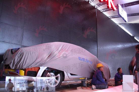新能源区展示的解剖车