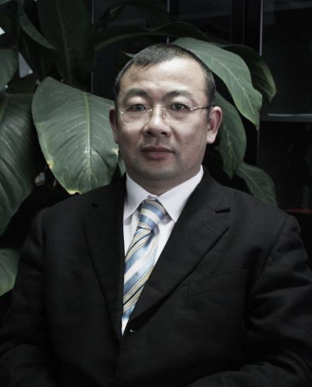 华泰汽车销售有限公司总经理杨永明先生