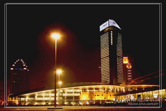 哈尔滨国际会展中心夜景