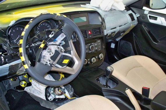 奇瑞全新A级轿车M16碰撞测试车曝光