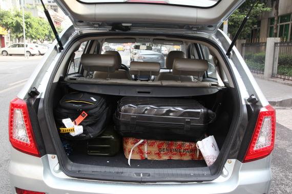 力帆X60充足的后备箱空间非常适合长途自驾旅行