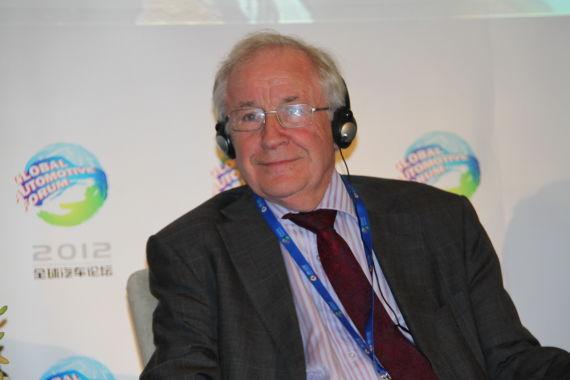 卡迪夫大学商学院汽车产业研究中心主任 Garel Rhys