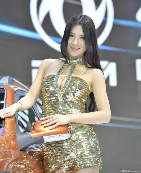 东风汽车展台3号模特