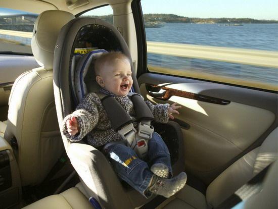 儿童安全座椅是保证儿童乘车安全的核心