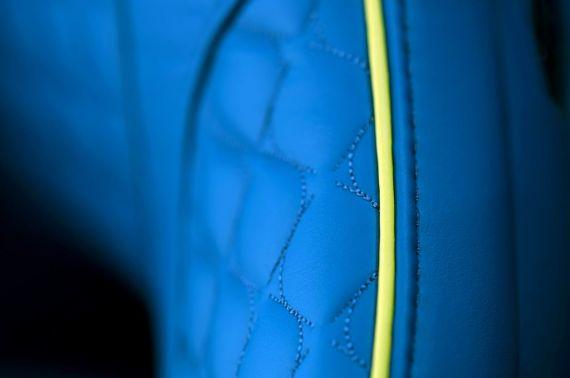 Aston Martin Vanquish Volante 27
