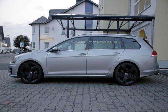 Volkswagen Golf R Estate Spy 05