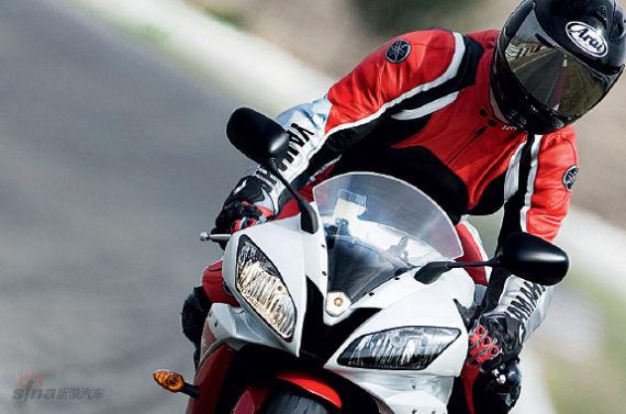 摩托车讯问恢复:前父亲灯不明错误的扫摒除