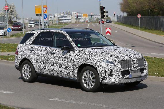 Mercedes-Benz M-Class facelift Spy 02