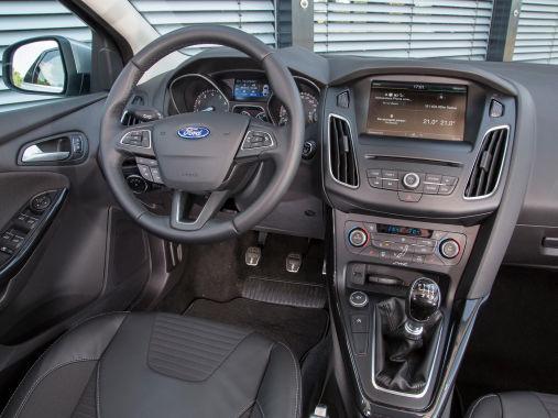 Ford Focus 2014 04