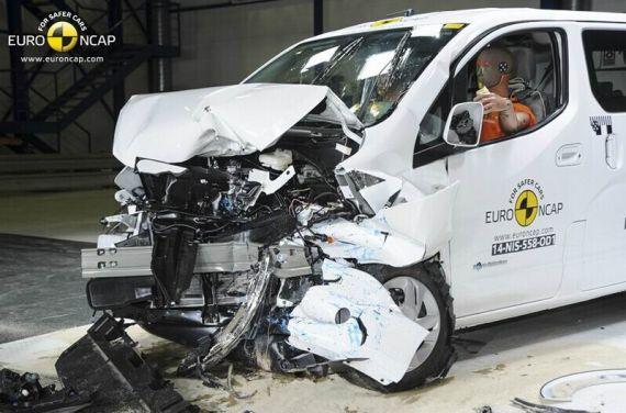 Nissan e-NV200 Evalia EuroNCAP 02