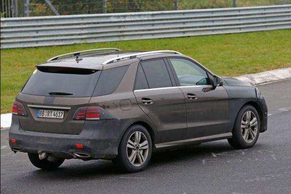 Mercedes-Benz GLE Plug-in Hybrid Spy 06