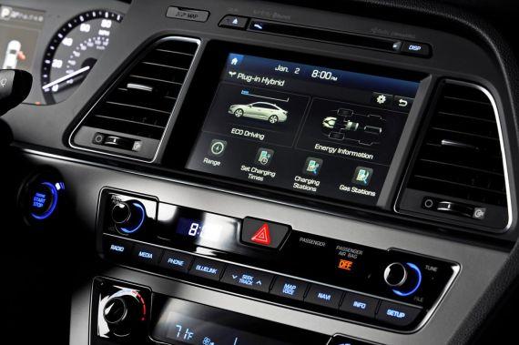Hyundai Sonata Plug-in Hybrid Electric Vehicle 09