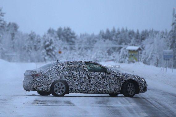 Audi A4 Spy 05