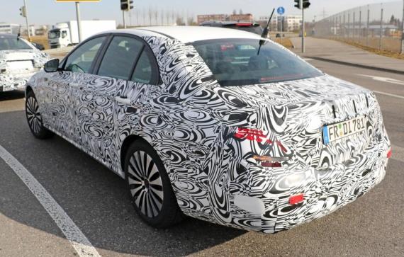 Mercedes-Benz E-Class spy 04