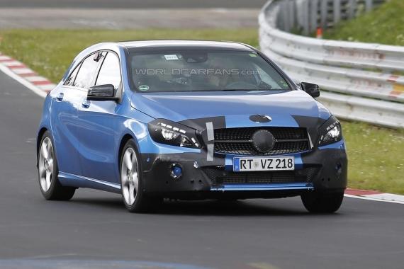 Mercedes-Benz A-Class Facelift Spy 01