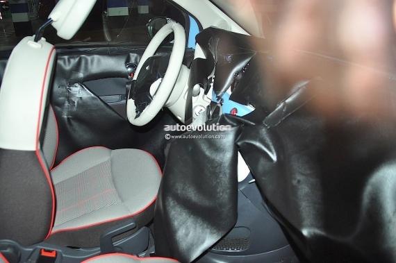 Fiat 500 Facelift Spy 09