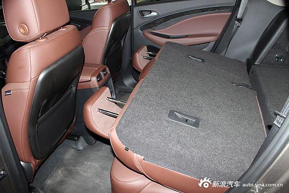 > 正文     乘车空间对比:   三辆车后排座椅都能够前后移动,靠背角度