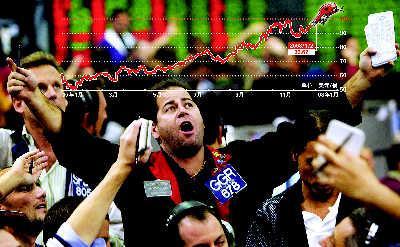 """当国际油价上摸100美元后,纽约商品交易所交易大厅内顿时像注入了""""兴奋剂"""",报价声、尖叫声不绝于耳。刘建平制图"""