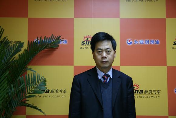 安徽华菱汽车股份有限公司董事长、总经理刘汉如