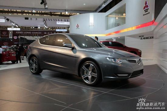 图11:东南汽车V4、长安E301等自主品牌所推出的准量产概念车和概念车让人们看到不少自主品牌正向研发的决心。