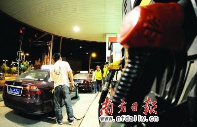 6月1日油价上调一公布,如同给5月发热的车市泼了一盆冷水。