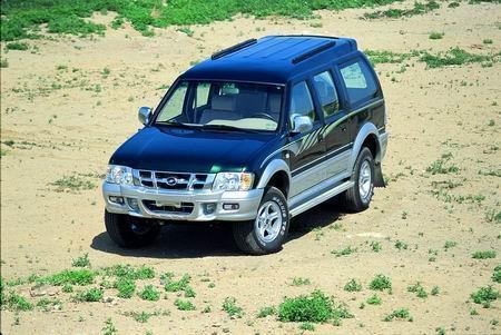 福星--试驾04款中兴SUV(图)